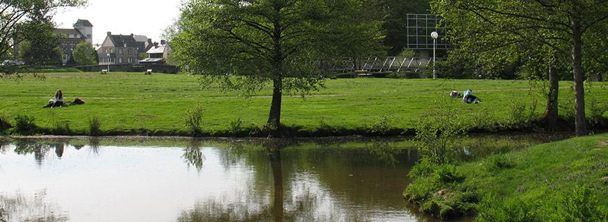 Parcs et jardins de cesson s vign ville de cesson for Piscine cesson