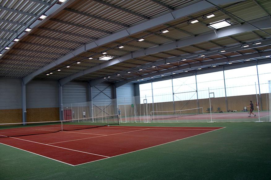 Inauguration de la nouvelle salle de tennis ville de for Piscine cesson sevigne