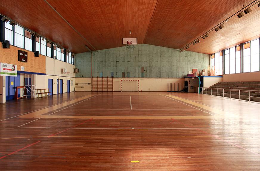 Salle multisports de beausoleil ville de cesson s vign for Piscine cesson sevigne
