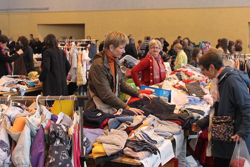 Bourse puériculture vêtements enfants et jouets